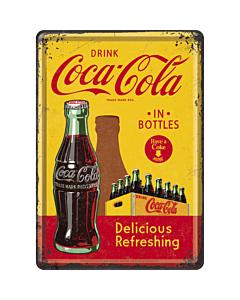 Postkaart metallist 10x14,5cm /  Coca-Cola in bottles