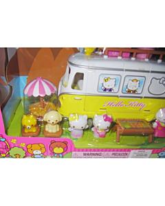 Hello Kitty matkabussiga komplekt