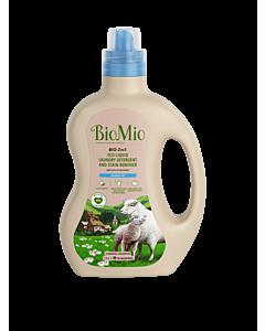 BioMio экологичный гель и пятновыводитель BIO-2IN1 1,5л