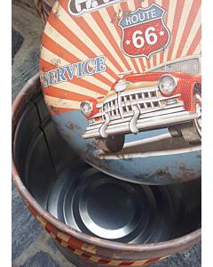 Retro Tumba Garage